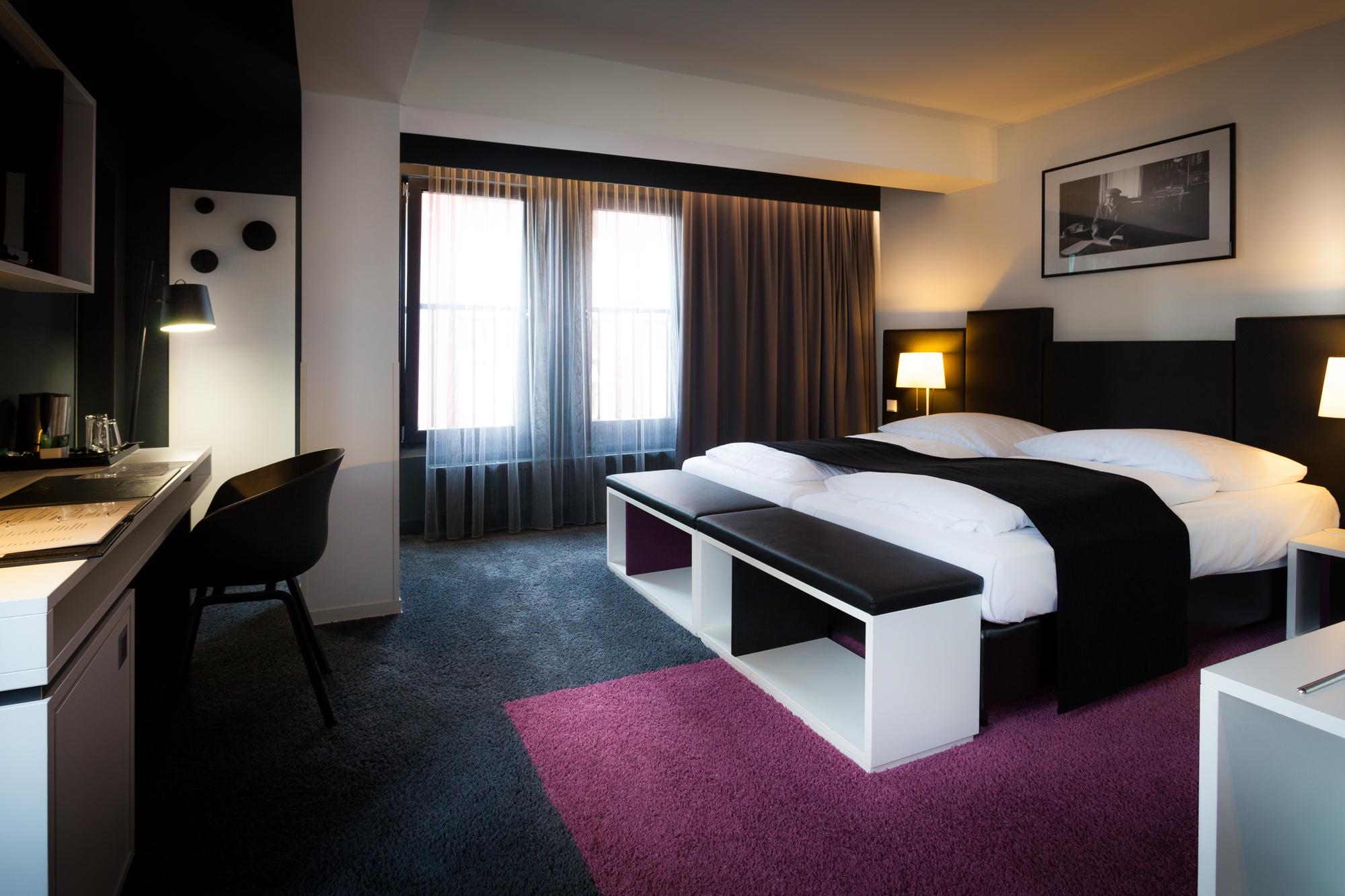 frankfurt is schei e ne um mich herum. Black Bedroom Furniture Sets. Home Design Ideas